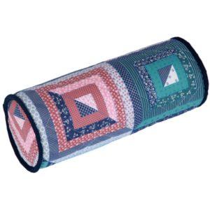 Bavlnený vankúš valec patchwork